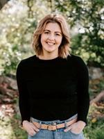 Elise Jeffcott - Communications  Administration Coordinator - Dairy NSW