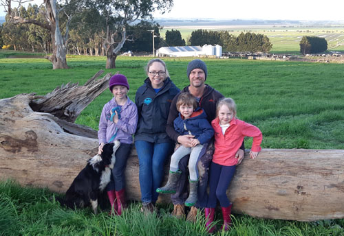 Lex and Rachael Moloney named gold medal winners in 2020 Milk Quality Awards